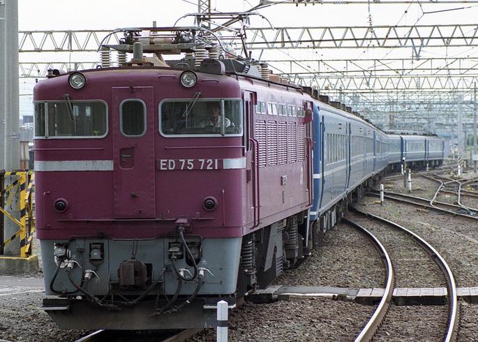 JR_east_ED75_721_14pc_tsugaru_aomori