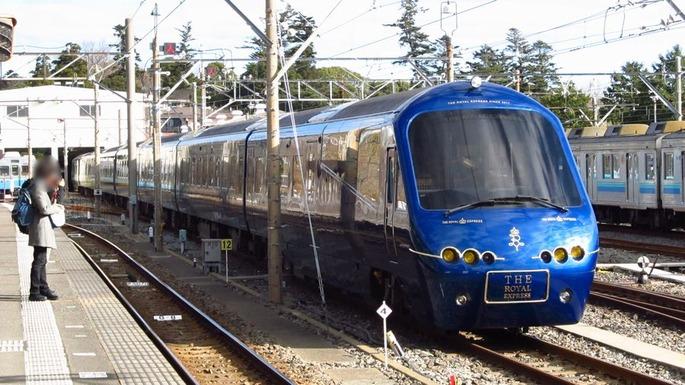 Izu-kyuko-railway-2100-R5-20180104-095418