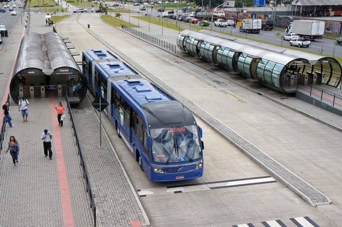 Linha_Verde_Curitiba_BRT_02_2013_Est_Marechal_Floriano_5978