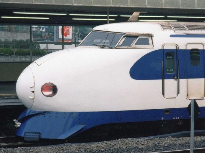 Shinkansen_Type-0_Sideview