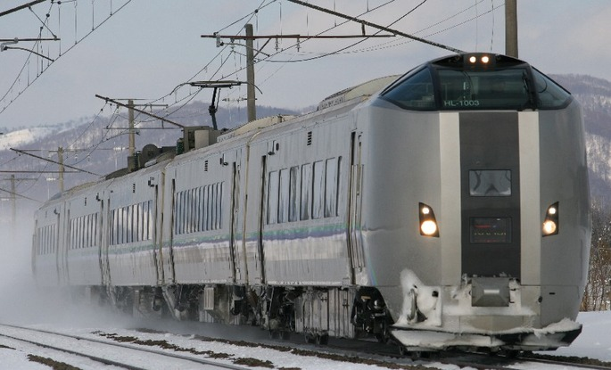 JR-HOKKAIDO_SERIES_789-1000_Electric_Train