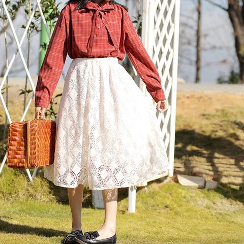 『このスカート一枚でキュートな印象に!レースフレアスカート』