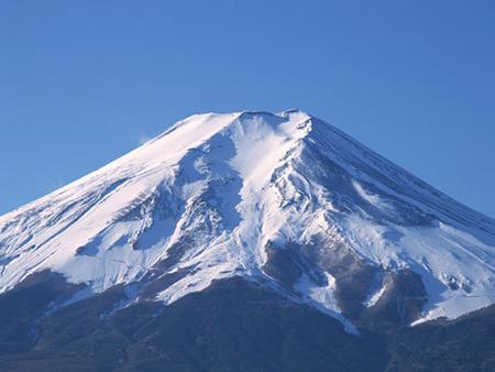 ご縁もアップ?! 富士山の見える神社で初詣