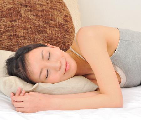 寝るだけでキレイになれる!簡単美容テクニック