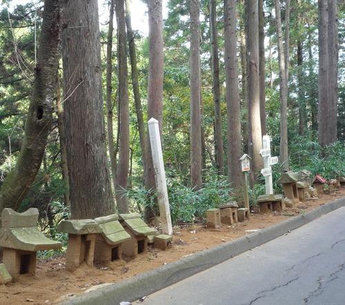 猿田神社 裏道祠