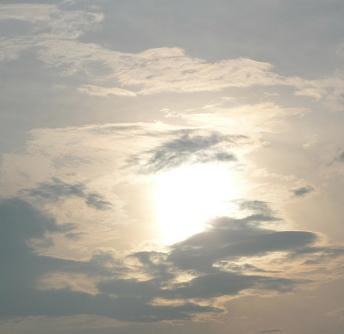 雲 8.15