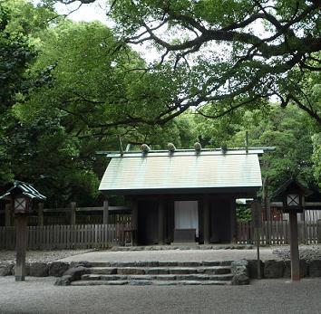 熱田 八剣宮