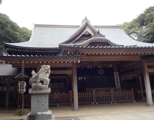 猿田神社 拝殿左