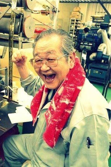 箔押しの匠 佐藤勇