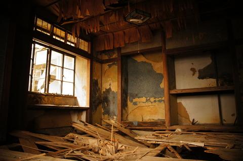 摩耶観光ホテル(1階・前編)