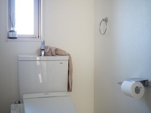 トイレ掃除8