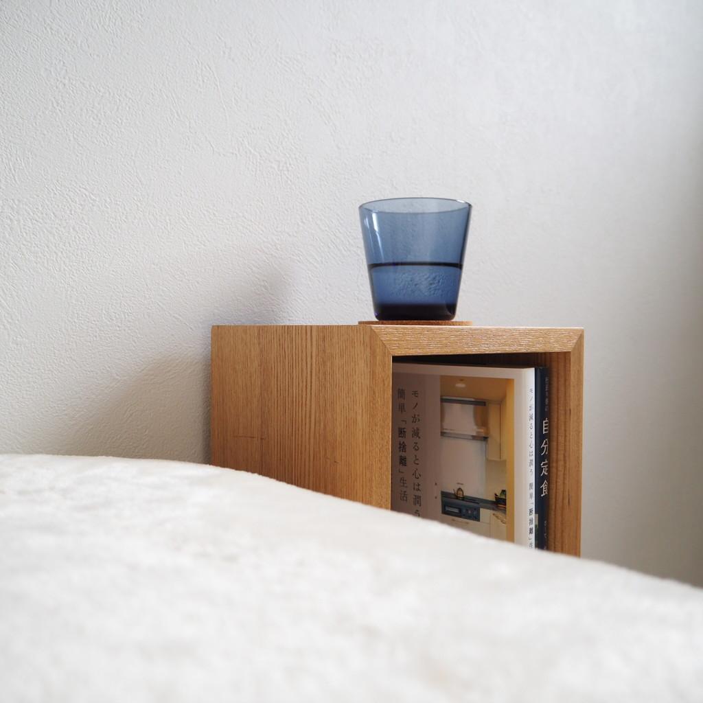 """この部屋に引っ越してきてから使い道に悩んでいた無印の""""壁に付けられる家具リビングで キッチンで 寝室で…  いくらでも使い道はあるはずなんだけどここに引っ越してき ..."""
