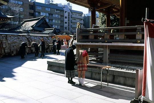 湯島天神,2002-01-25-002.jpg