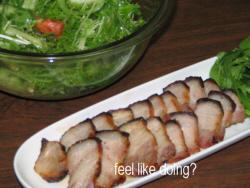 塩豚のグリルとサラダ。どっちが添え物?