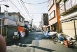 鮨ネタ専門店が多い生麦市場です。