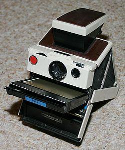 250px-Polaroid_SX-70