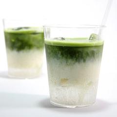 噂の豆乳×サイダーに緑茶を加えたら