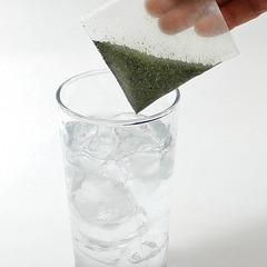 お酒をお茶で割る「緑茶ハイ」