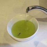 茶柱縁起茶の淹れ方2