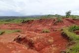 グアム 赤土の丘