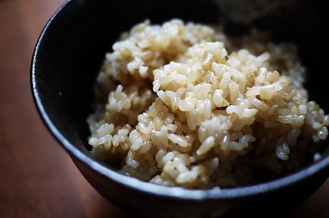 炊いた玄米画像フリー