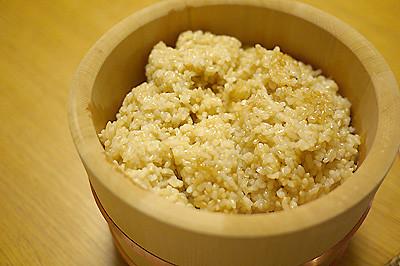 玄米の保温、おひつ