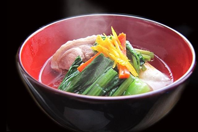 やまがた地鶏のお雑煮鶏ガラスープ