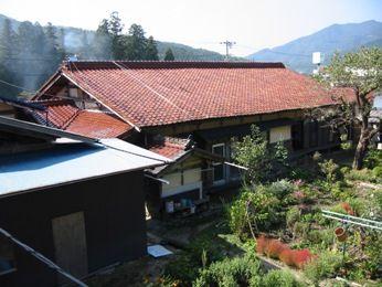 山の古民家の改修前