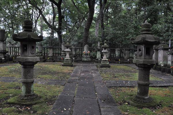 深大寺開祖の墓