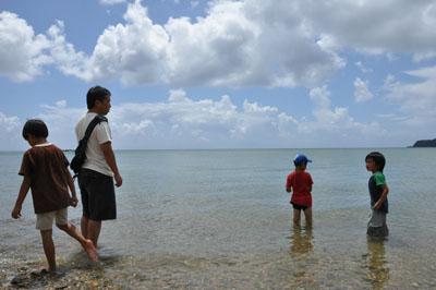 沖縄の海基地近く