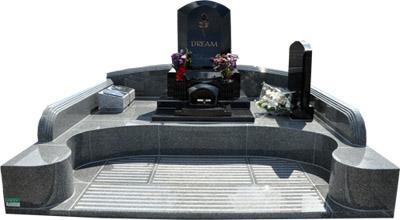 横山家ブロンズ付きお墓のコピー