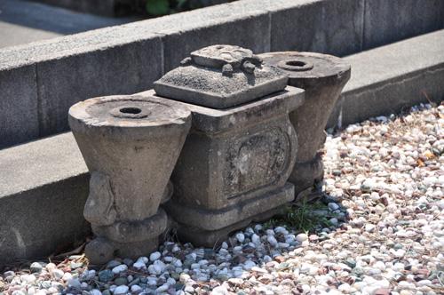 里塚霊園の百年前のお墓