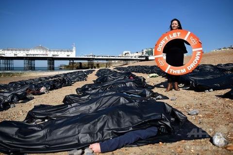 難民遺体 イギリス