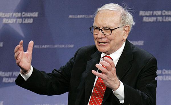 バフェット氏、アップル株4割買い増し 1~3月、IBM株はすべて売却