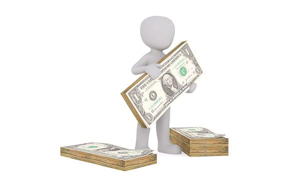 富裕層「貧乏人を養うために税金を納めるのにうんざり。福祉無くせ」