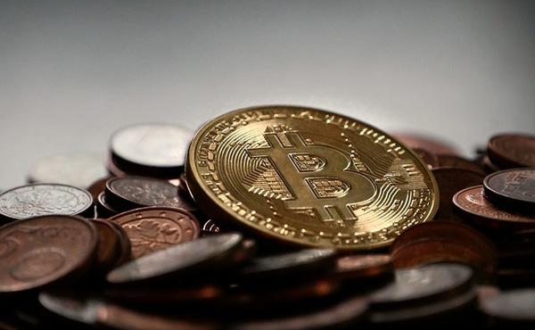 【仮想通貨】「ビットコイン」普及へ追い風 フィンテック法施行 政府公認で信用力