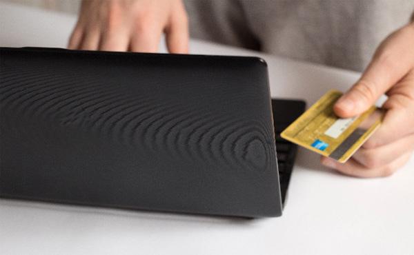 【悲報】ワイのクレジットカード毎月