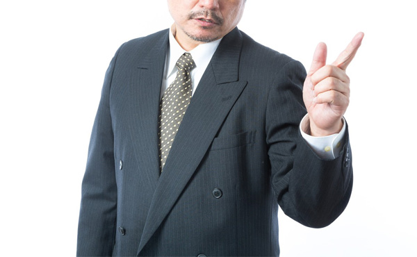 風邪で残業休んだら上司「なんで(残業)しないの?」俺「風邪気味で体調悪いので。すいません」上司「意識を高く持ちなさい」