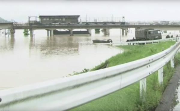 岡山倉敷市、小田川の堤防決壊で大規模浸水 河川改修が計画中だった 専門家「工事が進んでいたら被害は防げたかも」