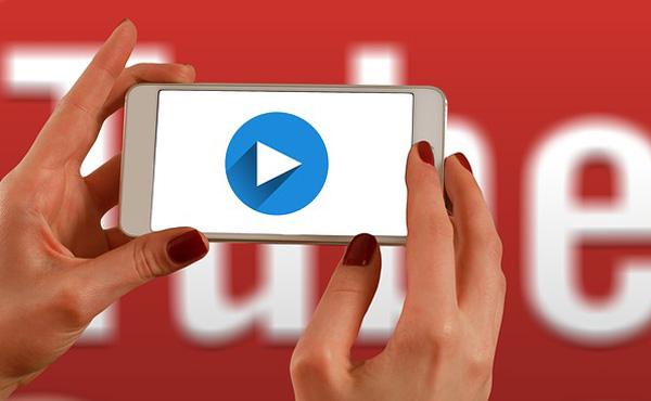ユーチューブに金をたくさん使う動画をあげるだけで再生数が稼げる件について