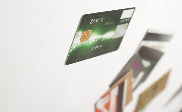 初めてクレジットカード作ろうと思う。どこがオススメ?