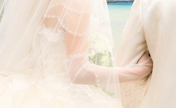 【悲報】結婚式とかいう招待されただけで1万円が消えるイベント