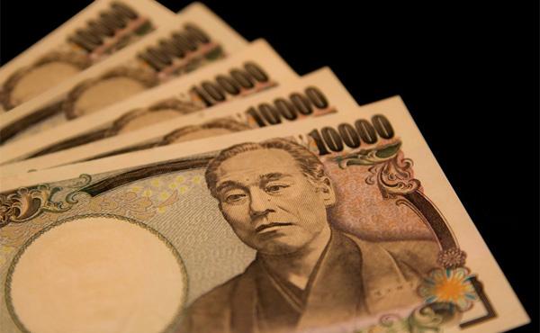 (ヽ´ん`) 毎月必ず5万円使う、休日は必ず外出する このルールを課したら人生充てワロタ