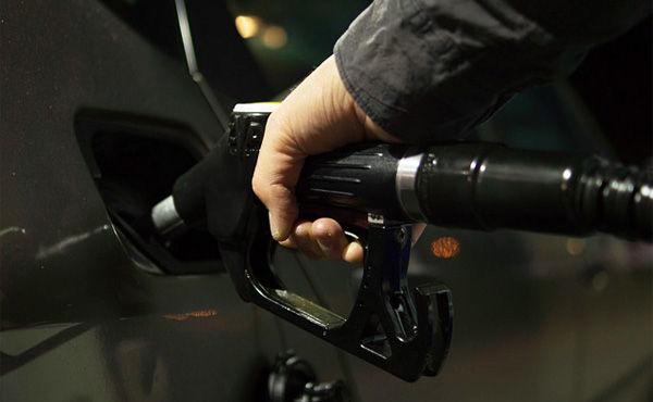 原油安は経済に良いって聞いたことあるけど、どうなん?