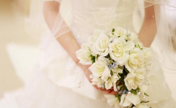 深刻な結婚式離れにブライダル業界が危機… なんで結婚式しないの?