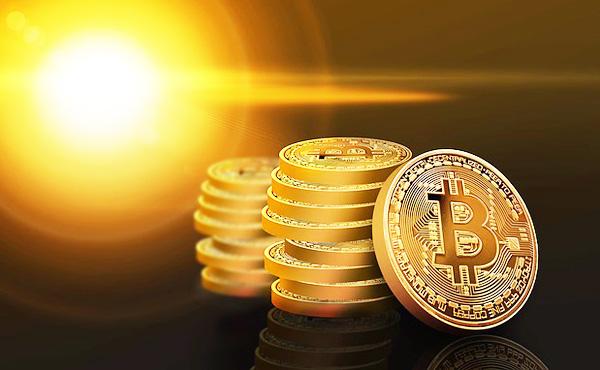 ビットコイン上昇、5月以来の8000ドル超えー仮想通貨の回復主導