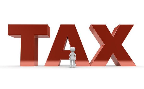 お金を払う時←税金分足される もらう時←税金分引かれる