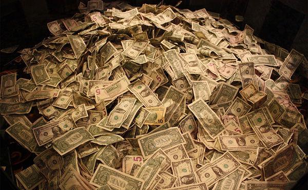 俺らが何気なく過ごした数分の間も投資家は何億も稼いでる事実