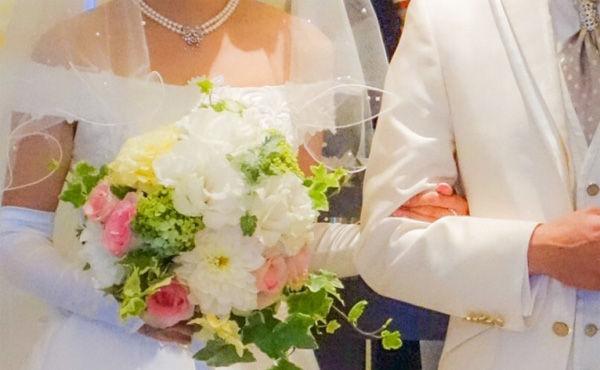 結婚式の費用平均360万円(↑900万↓190万)、招待客139人、ハードル高いな…