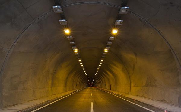 「日韓トンネル」 物流利益は年間2253億円